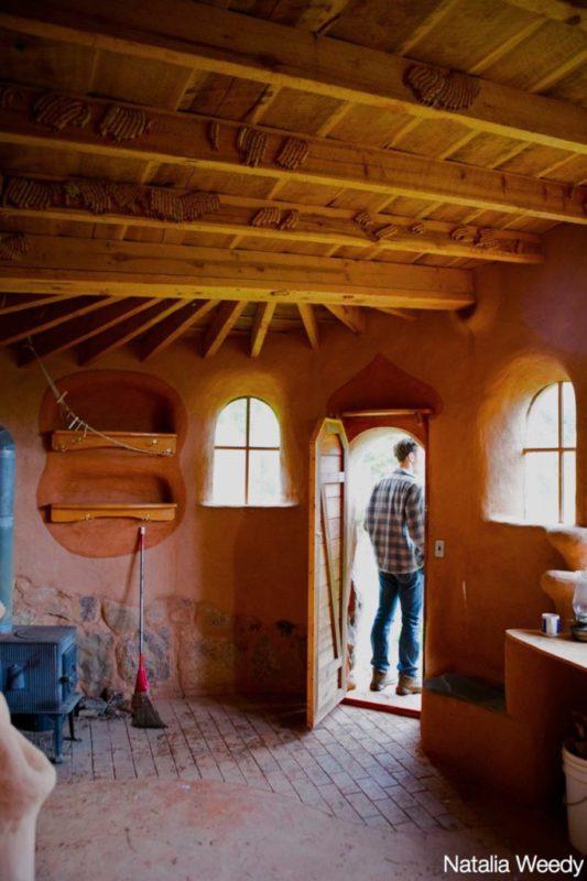 cob cottage indoors_new